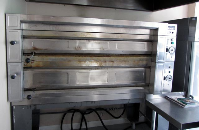 deck oven 001 small