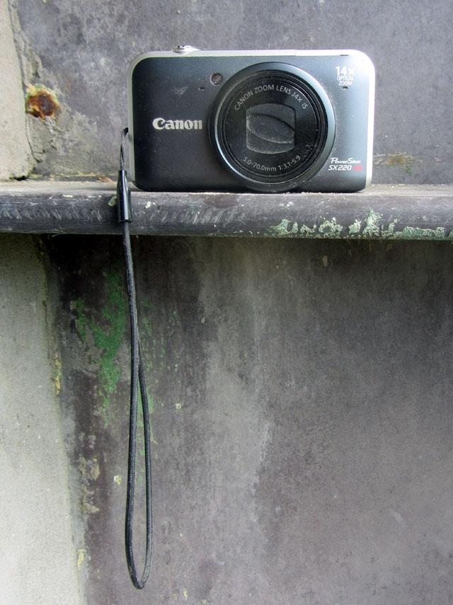 camera 001 small